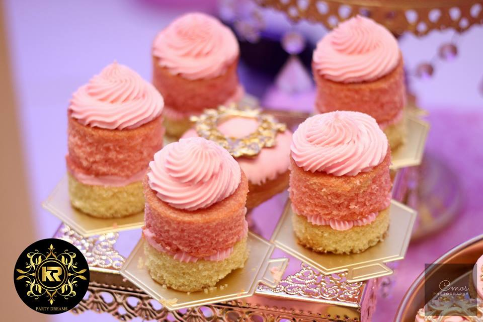 Golden-Princess-Castle-Birthday-Frosted-Dessert