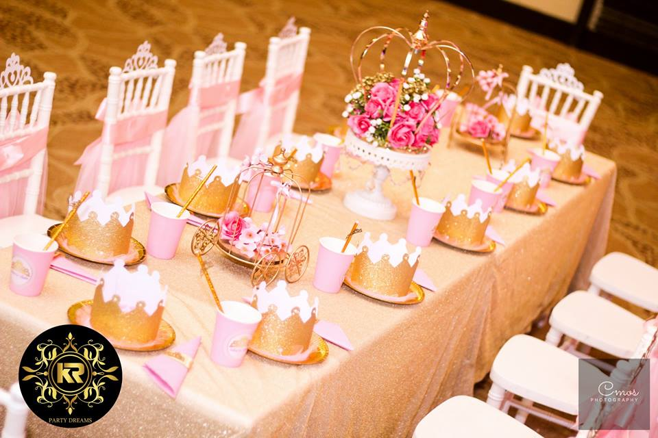 Golden-Princess-Castle-Birthday-Kids-Seating