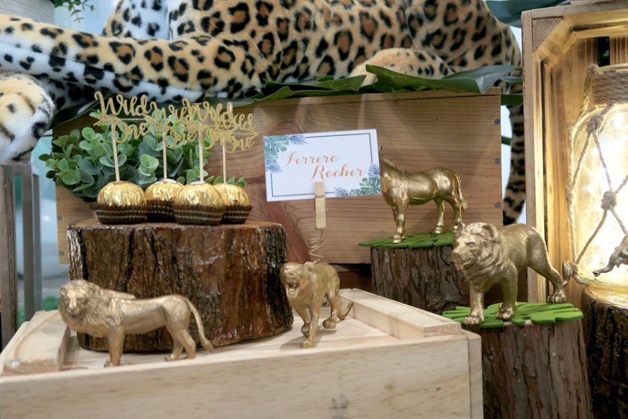 animal displays in gold