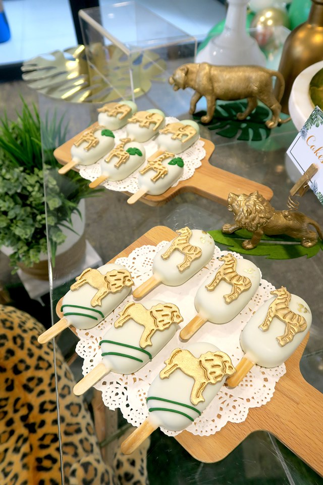 gold wild animals toppers