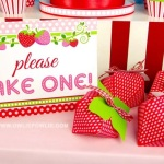 Sweet Strawberry Birthday Party Tablescape