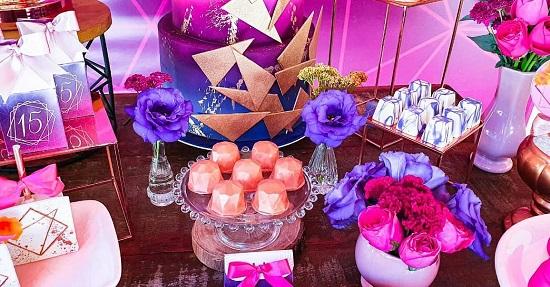 dulces y postres de fiesta modernos y geométricos
