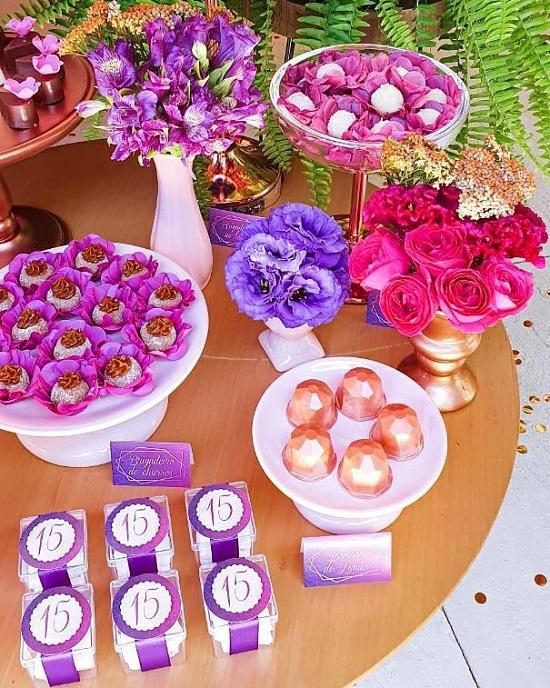 arreglos florales de cumpleaños vibrantes